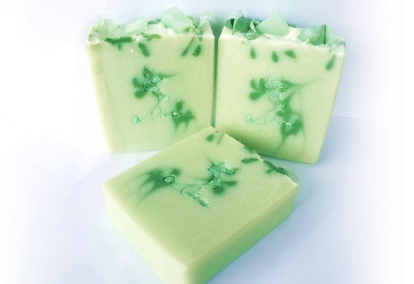 diva soap, soap swirls, mojito soap