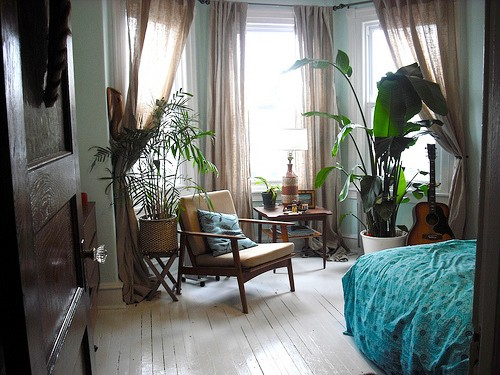 Relaxed And Chilled Bohemian Style Bedroom Via Pinterest