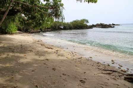Pantai Hukurila Ambon