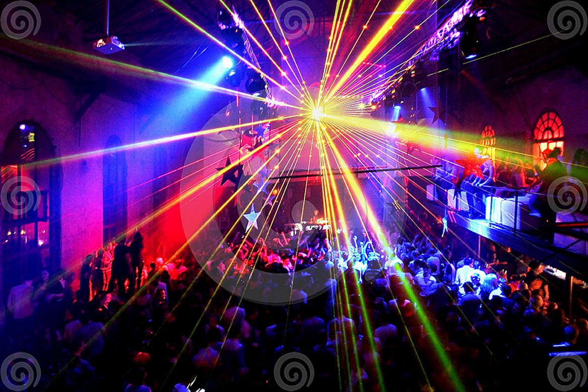 Смотреть онлайн ночные клубы 24 фотография