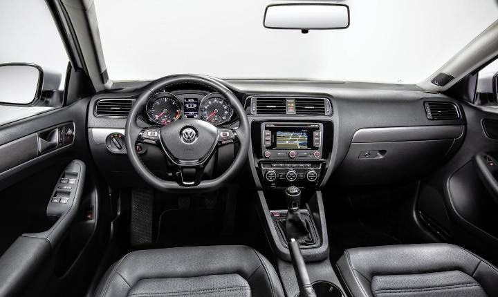 2015 Next Generation Volkswagen Jetta facelift interior