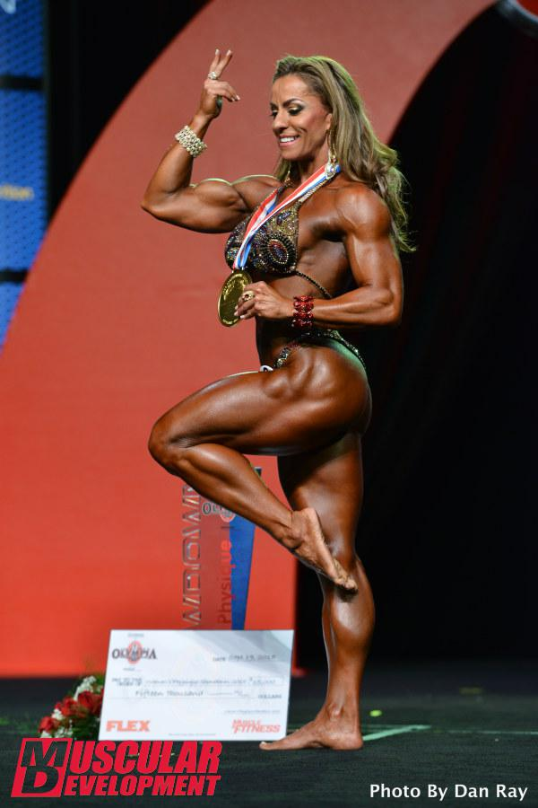2016 Women's Physique Competitor Juliana Malacarne