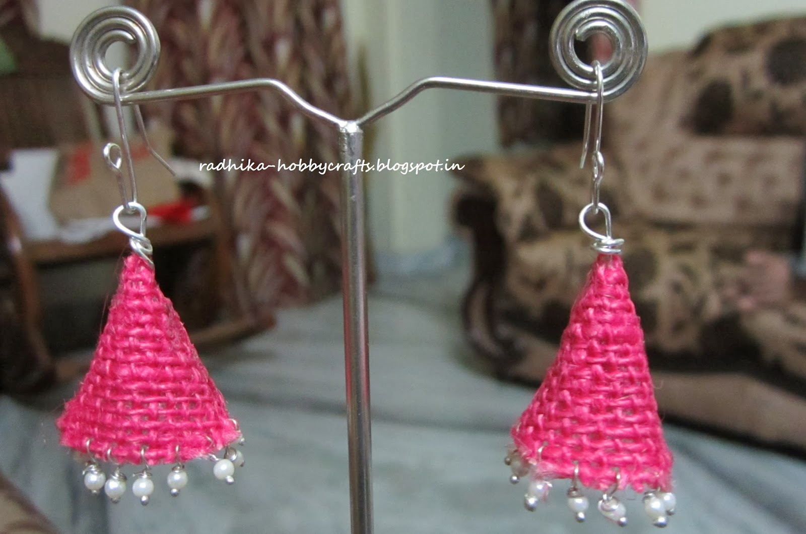 Hobby Crafts :): Quilled Jhumkas and Jute earrings