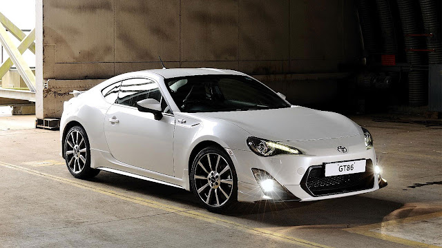 Toyota GT86 TRD side front