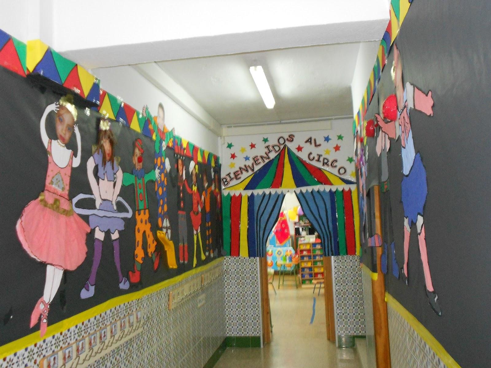 Mi gran mundo infantil msm personajes del circo for Como decorar un mural