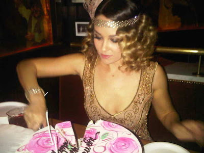 Lauren Conrad 25th Birthday. @LaurenConrad doing what