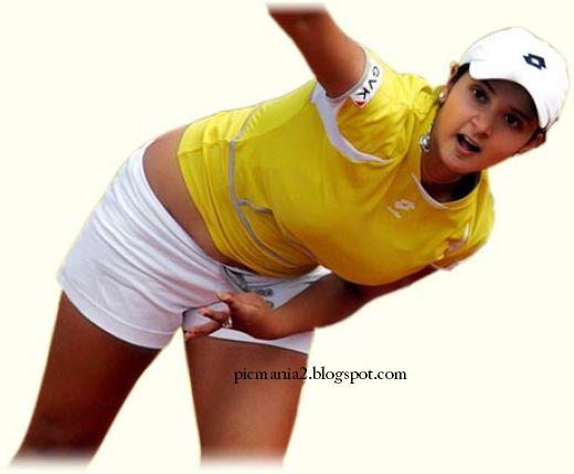 Sania mirza  Hot exposing during playing
