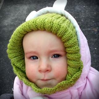 dziecięca czapka na drutach