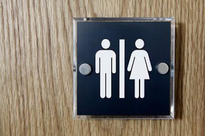 Gunakan Toilet Umum di Sini, Anda Akan Dibayar