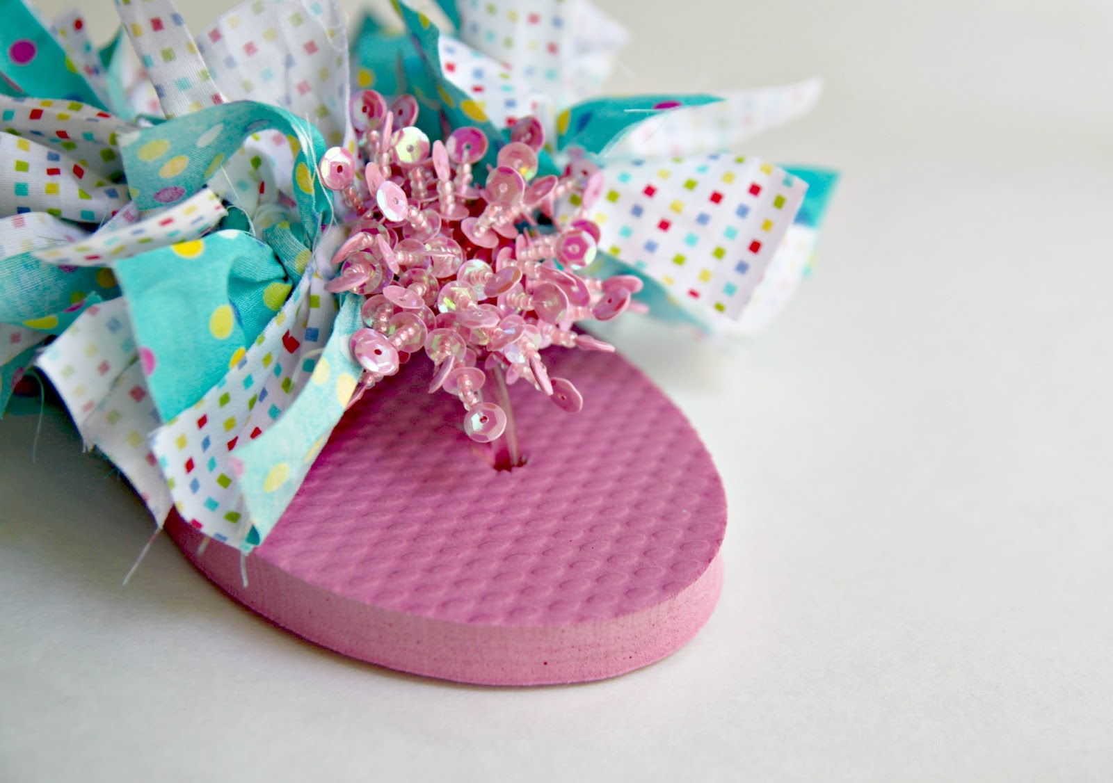 900ee12e968c6 Here is what the front of your flip-flop will look like after you have  applied your pretty sparkle clip.