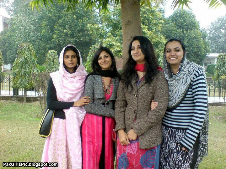 Girls Mobile Numbers For Friendship And Dating : LAHORE GIRLS HOT