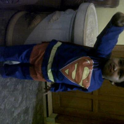 kostum superman