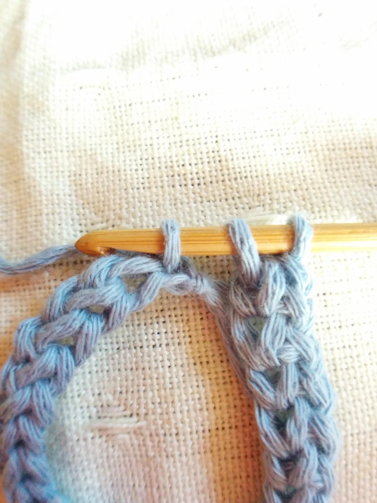 【かぎ針テクニック】細編みでいきなり作り目/土台の目を編む方法