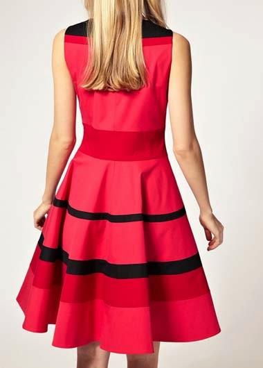 Vestido Informal Cuello Redondo, sin Mangas y Lineas Horizontales