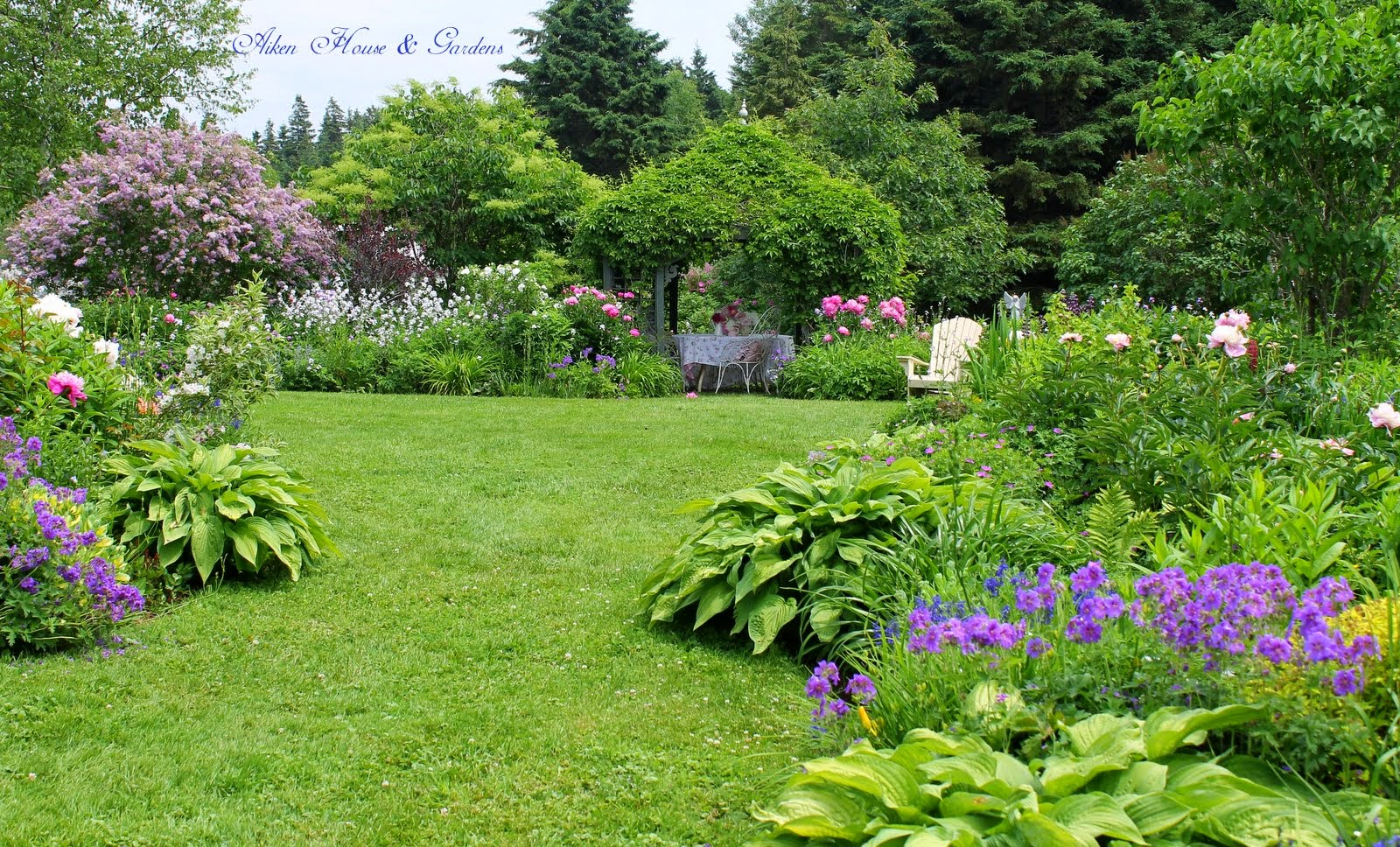 Aiken house gardens garden beauty and lucy for Aiken house