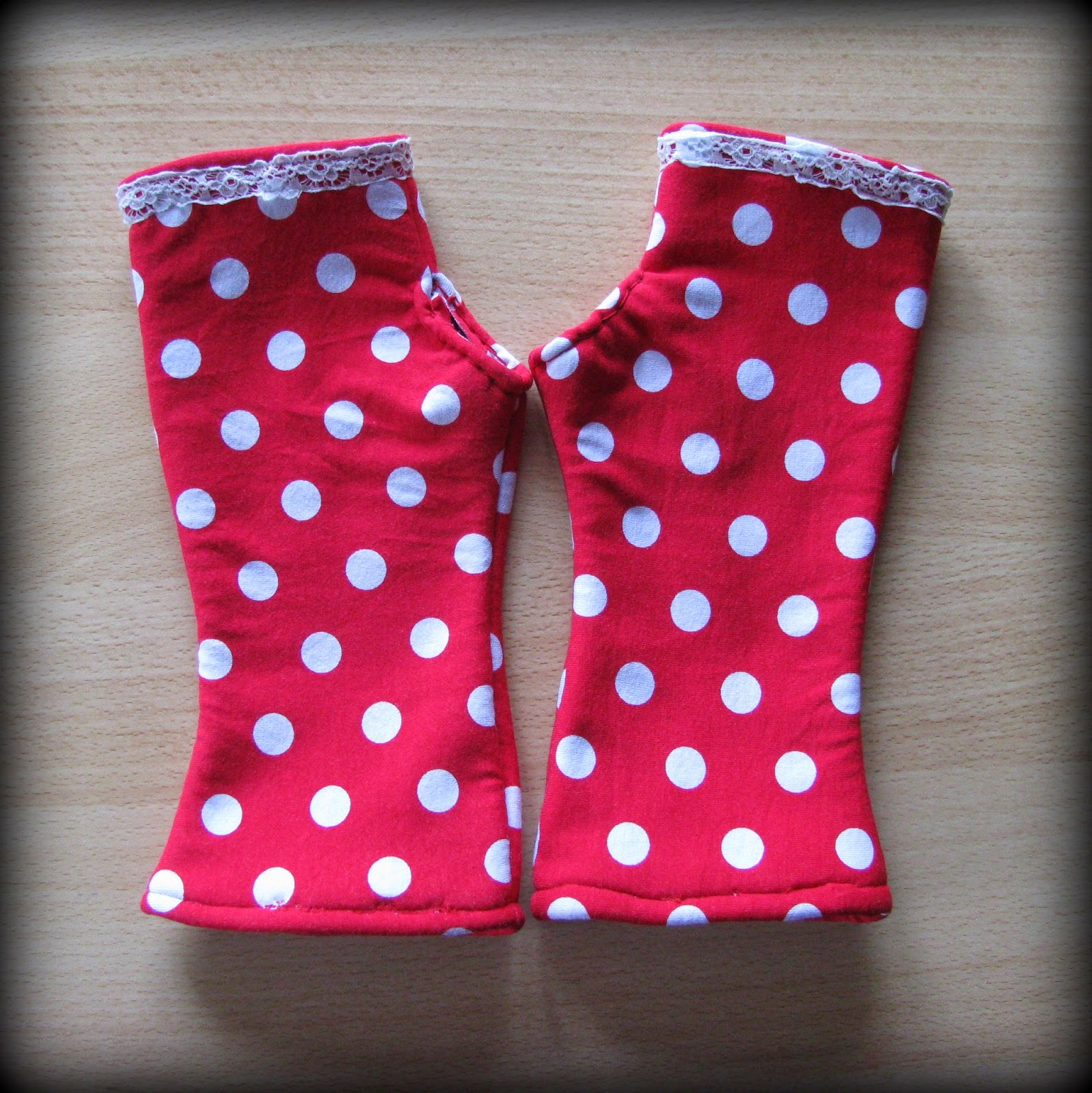 Frau K macht...: fingerlose Handschuhe