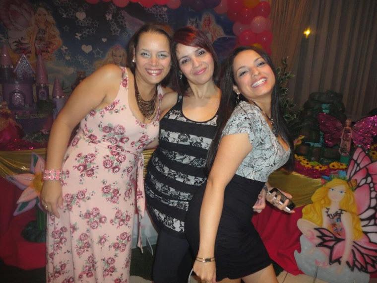 Eu e minhas duas irmãs
