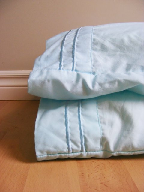 How to Wash Your Pillows (and get all the nasties out!)