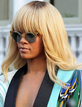 Rihanna bobb saç kesimi sarı peruk modeli