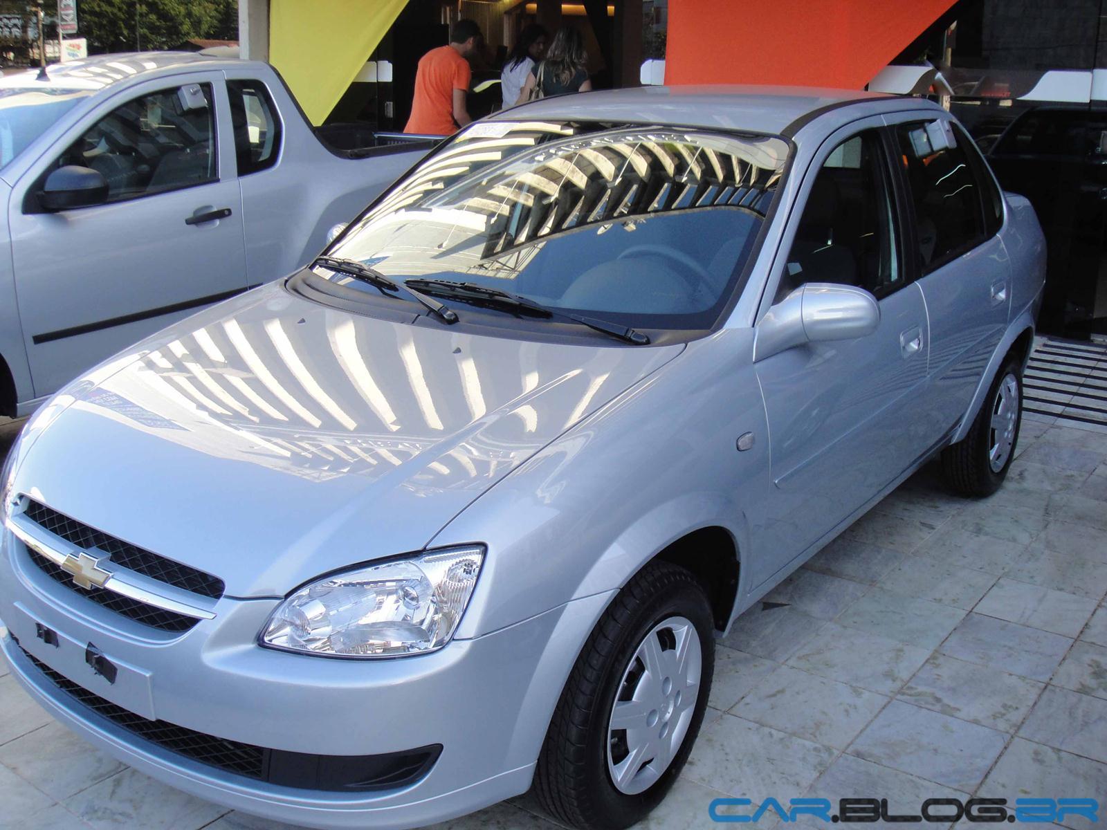 Chevrolet classic 2013 com abs e air bag