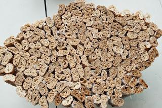 Mesas Baguette, Muebles con Alimentos Reciclados