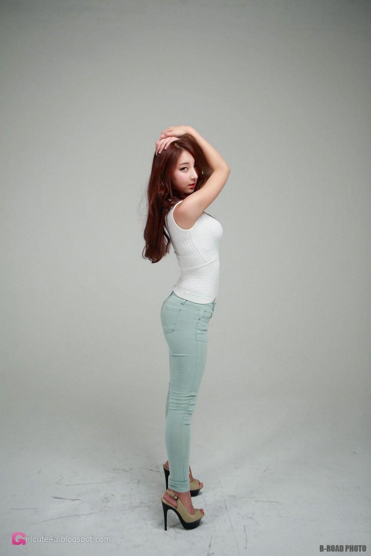 4 Mina - In Tight Blue Jeans - very cute asian girl-girlcute4u.blogspot.com