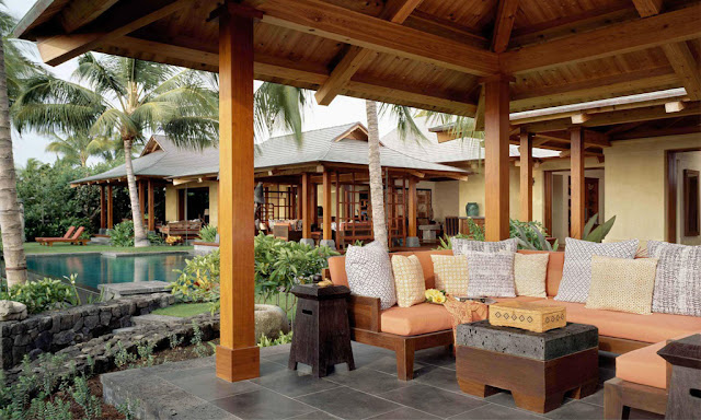 Tropical Courtyard House Living Room