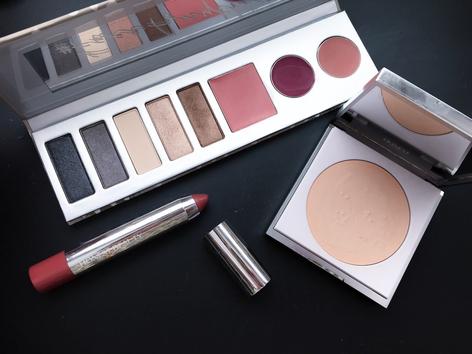 Makeup Palettes With Everything | Vizitmir.com