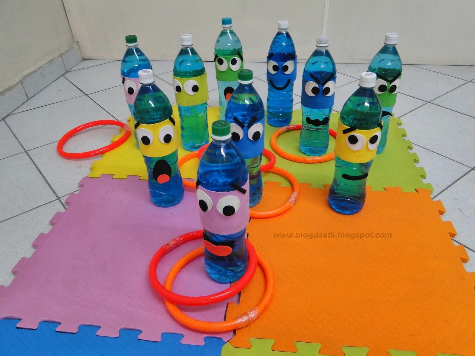 decorar jardim jogos:Brinquedo Sucata: Jogo de Argolas – Reaproveitamento Garrafa PET