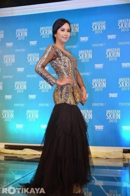 Gambar Selebriti Di Red Karpet Anugerah Skrin 2013