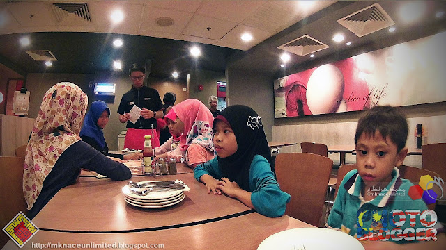 Eating out @Pizza Hut Plaza Angsana