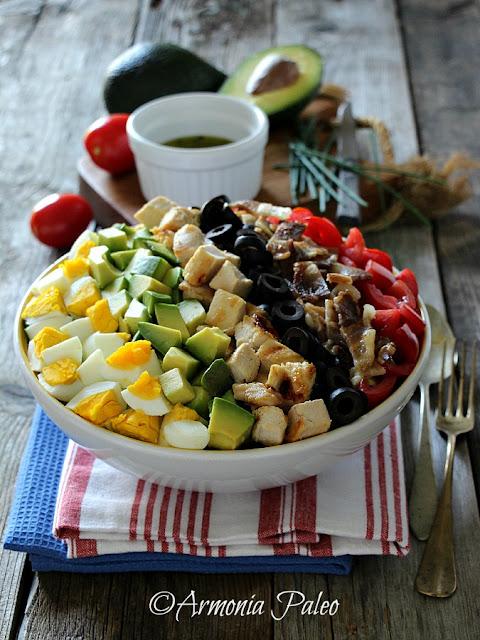 Paleo Cobb Salad di Armonia Paleo