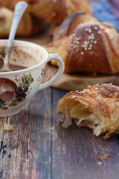 Pretzel Croissants | www.girlichef.com