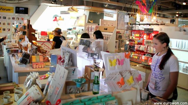 Tienda del Sangsang Madang de Hongdae