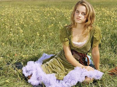 Glamour Actress Life: Emma Watson At Workout|Emma Watson