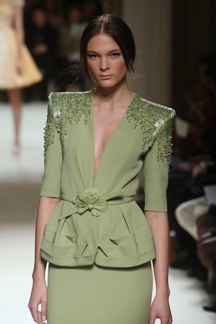 جورج حبيقه - Georges Hobeika Couture Spring Summer 2012 62_1.jpg