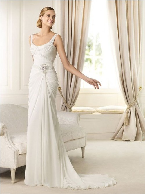 Bride in dream gorgeous sheath wedding dress adds a touch for Wedding dresses for tall skinny brides