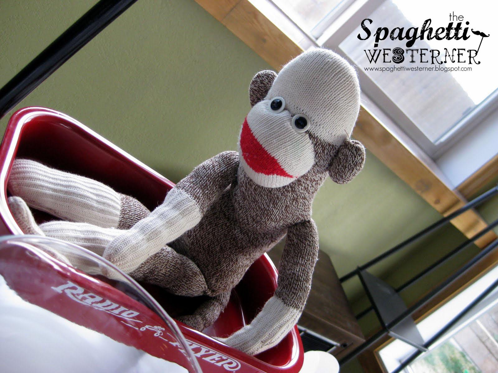 Spaghetti Westerner: {Free Printables} Sock Monkey First Birthday