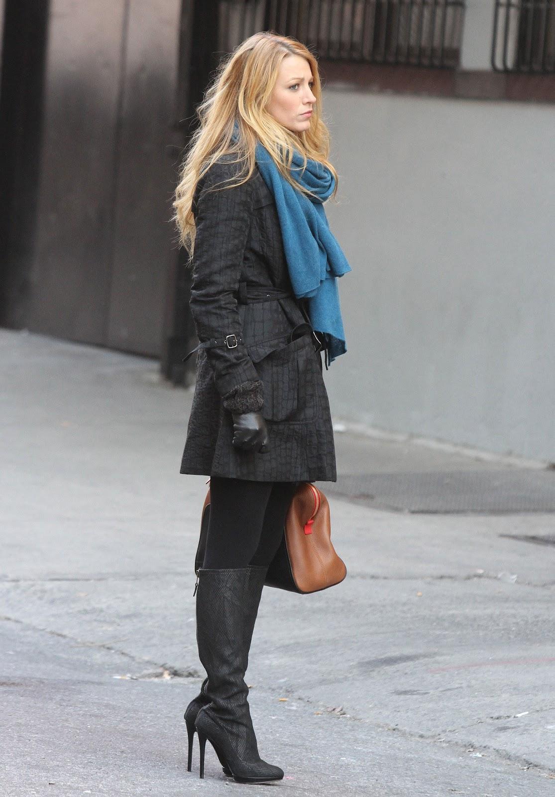 Brilliant How To Wear A Tartan Mini Skirt  Black Turtleneck Boots