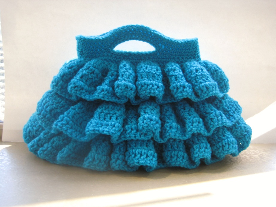 Free Crochet Purse Patterns For Kids : Bella Ruffled Bag, Free Crochet Pattern