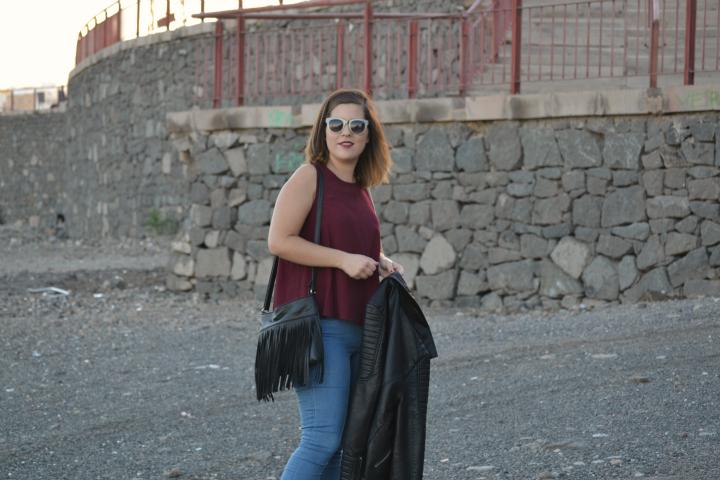look_mocasines_burdeos_cazadora_biker_negra_lolalolailo_02