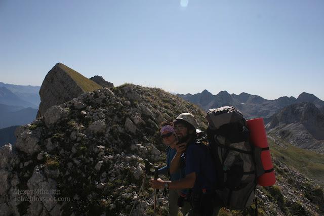 Спелеологи в горах