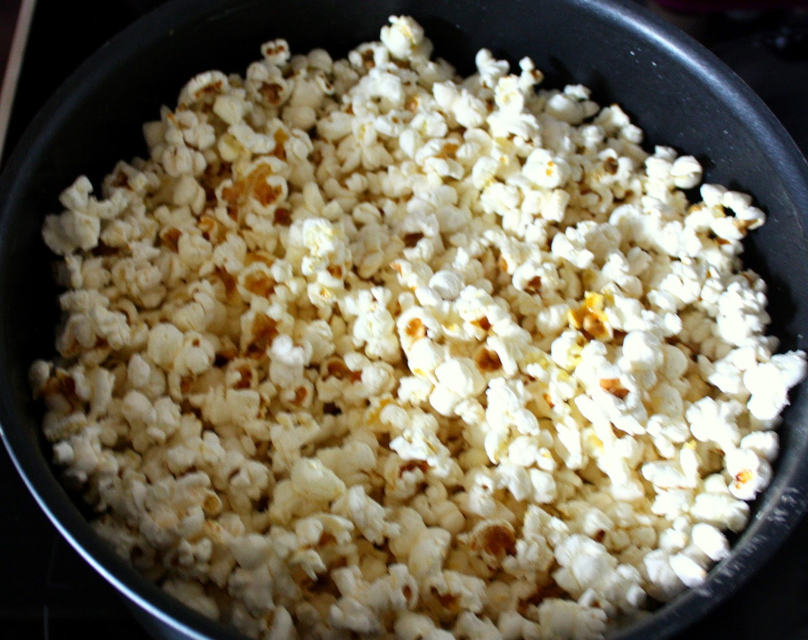 my culinary curriculum pop corn sucr ou sal maison sweet or salty popcorn home made. Black Bedroom Furniture Sets. Home Design Ideas