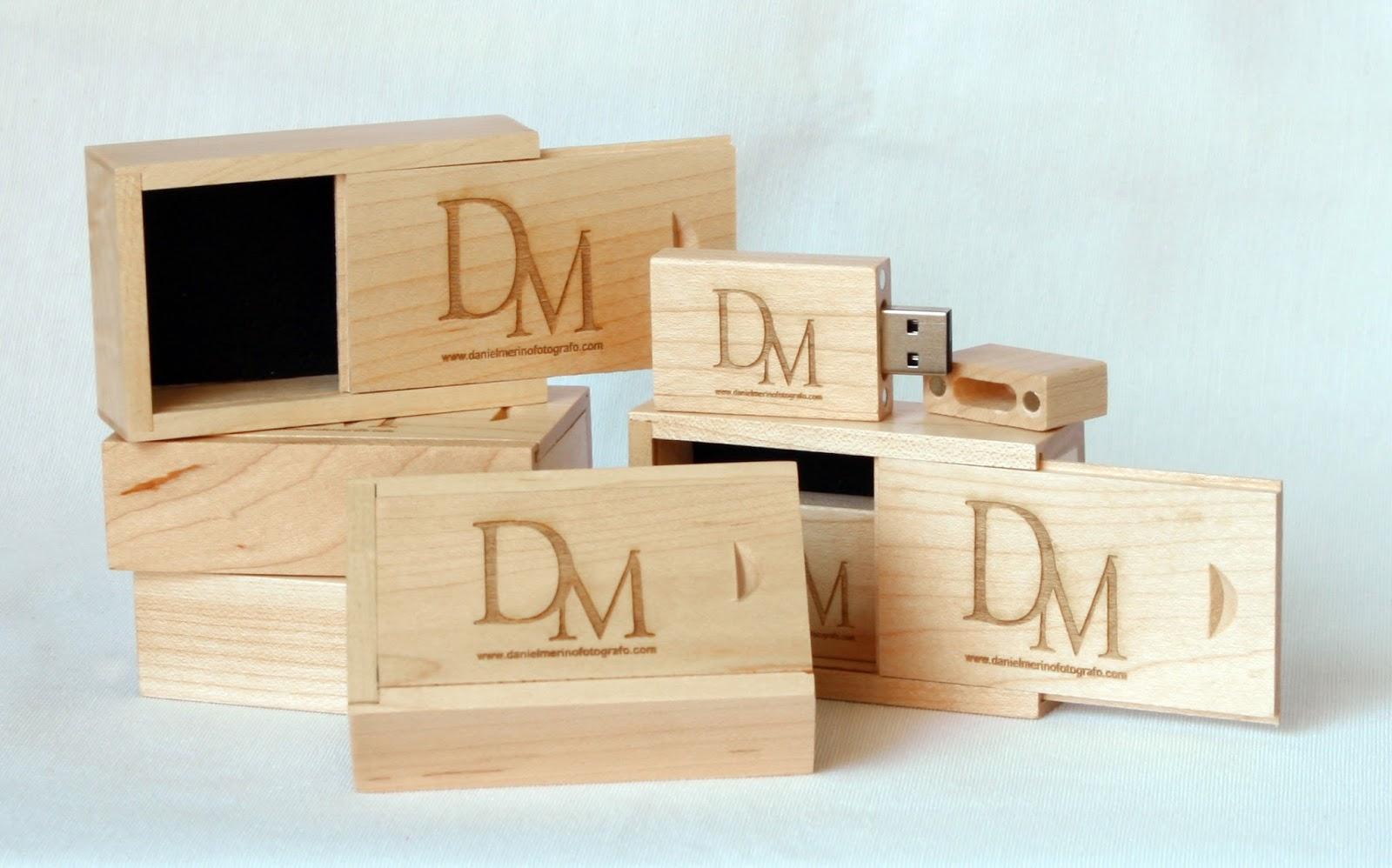 Cajas y paendrives de madera