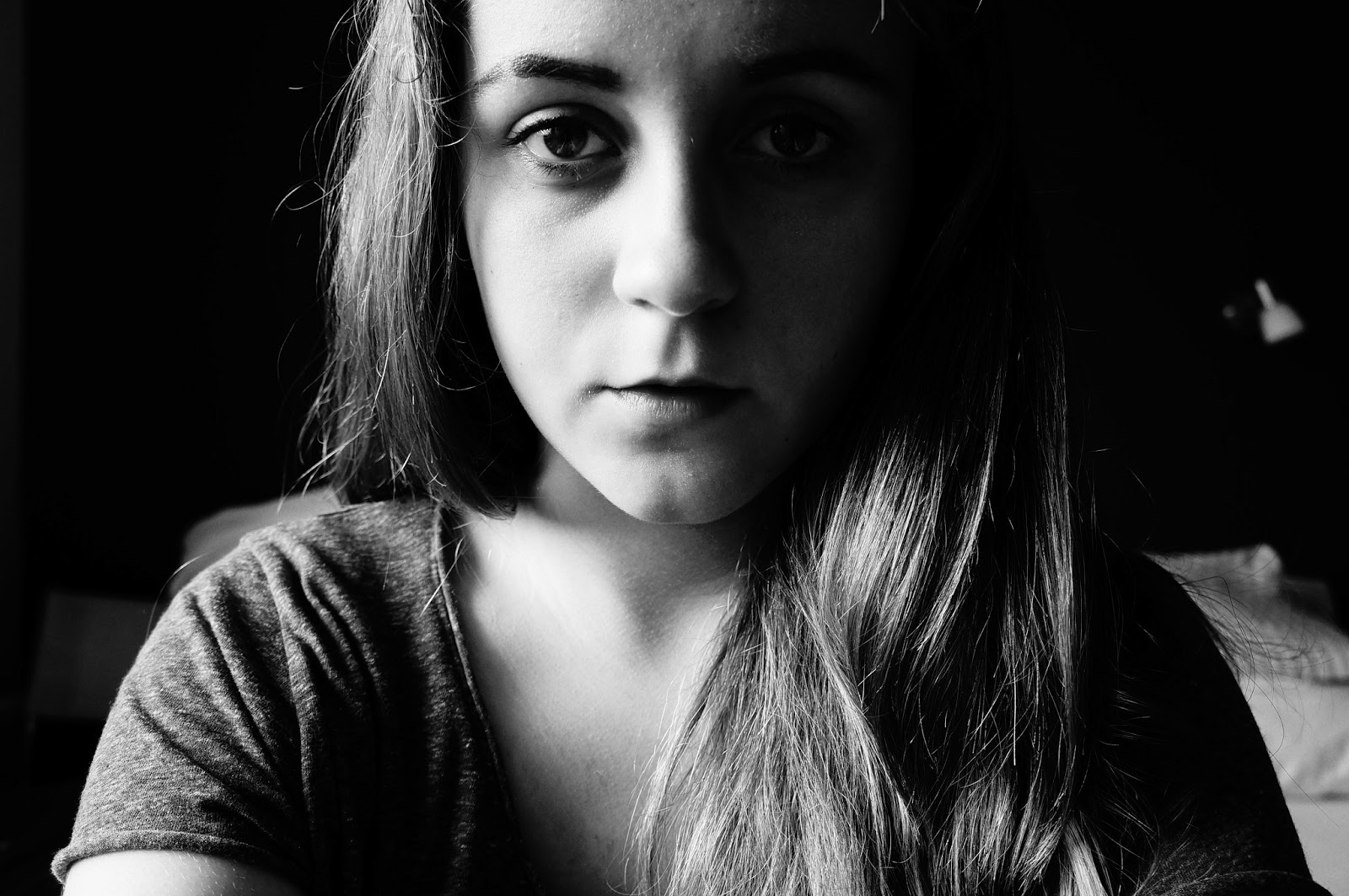 In einem schwarzen fotoalbum
