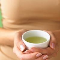 Manfaat teh Hijau Untuk mengurangi Kerontokan Rambut foto gambar teh hijau yang bermanfaat untuk rambut