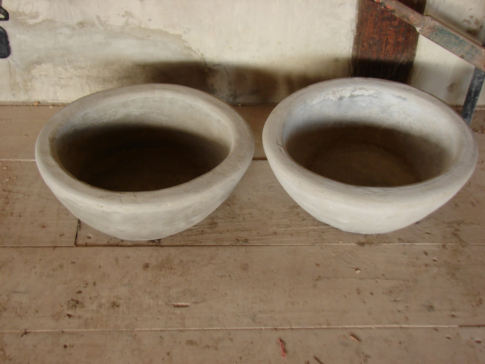 Bachas Para Baño En El Tigre:La grifería es en bronce, canillas y llaves de paso de patio, modelo