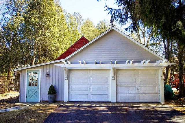 The impatient gardener how to build a garage pergola for Two and a half car garage