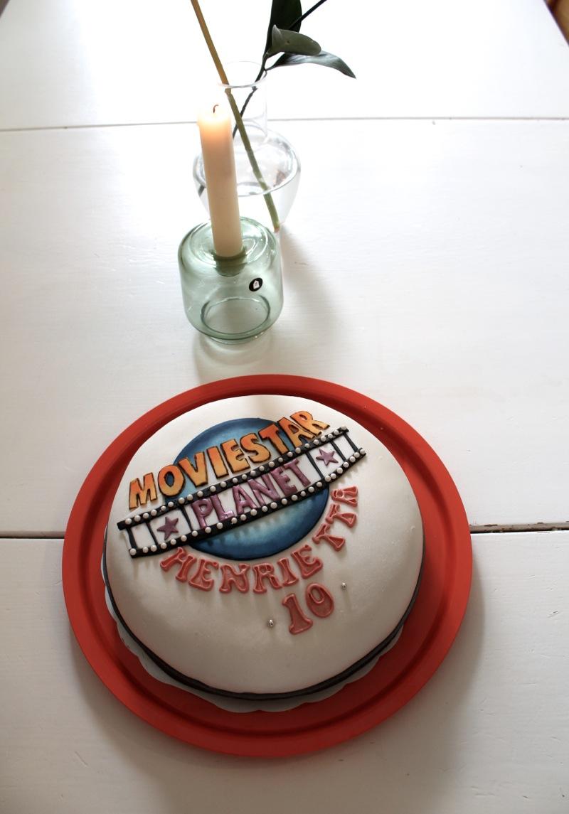 Moviestar planet cake