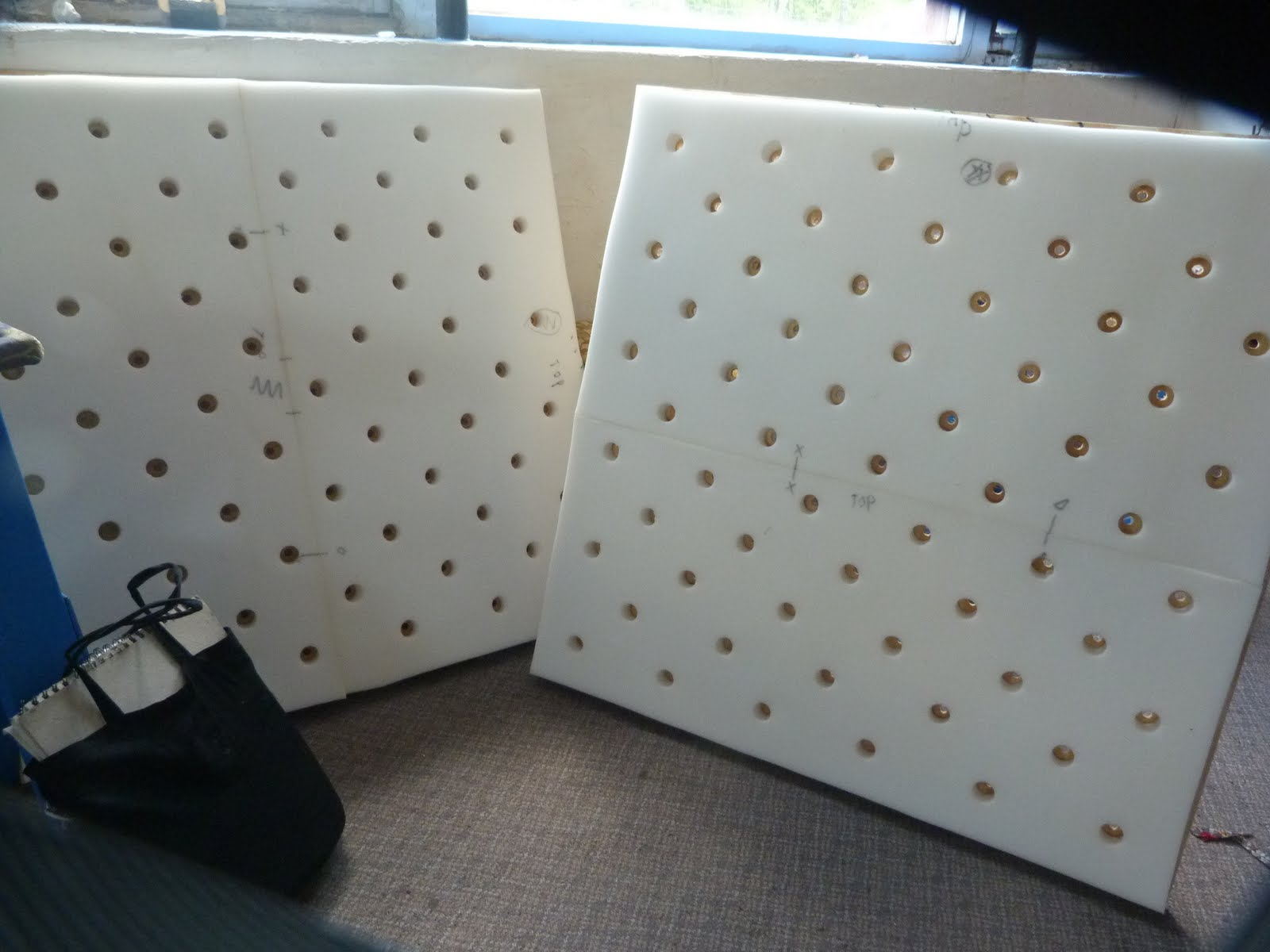 Practical Upholstery Design Studio: Upholstered walls